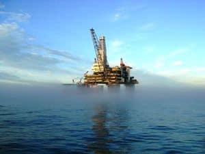 image of an oil rig platform
