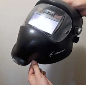 Material that the mask is made of should be firm and resilient yet light bendable.