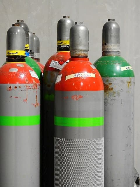 image of gas cylinders
