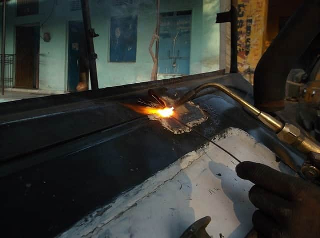 image of oxy car welding