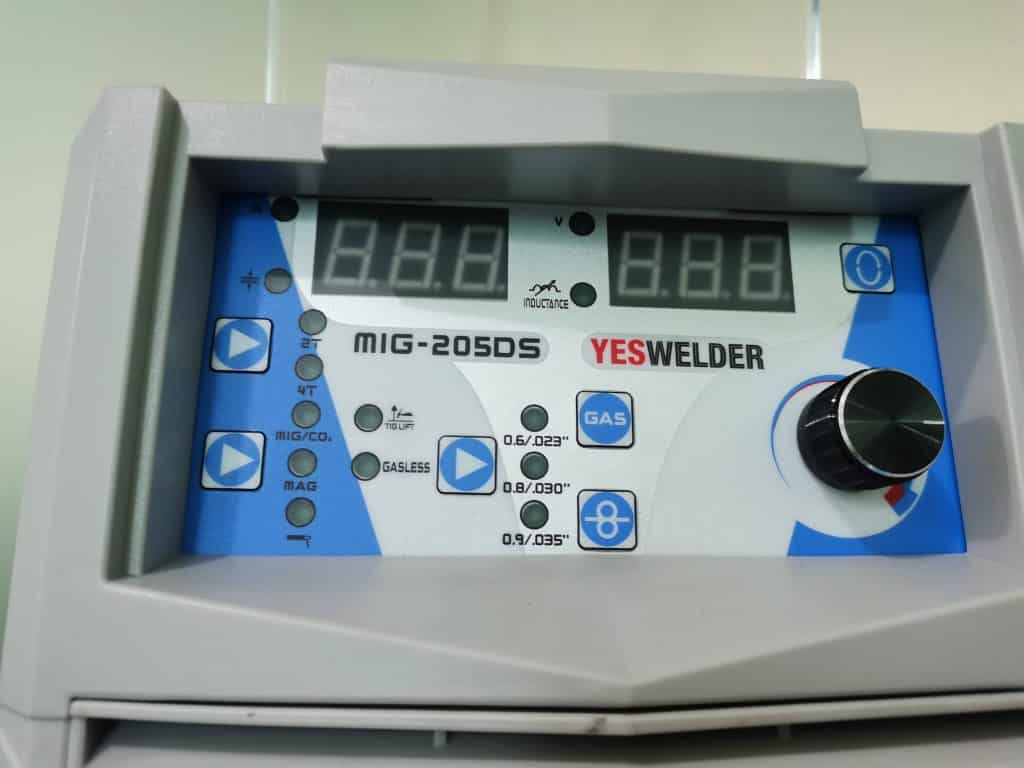 Display MIG 205DS
