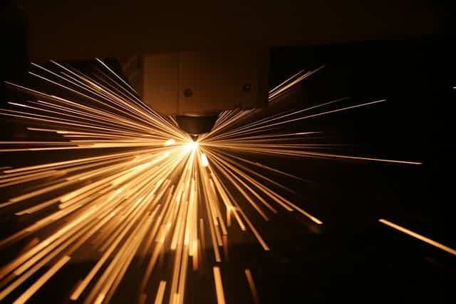 image of an industrial plasma cutter