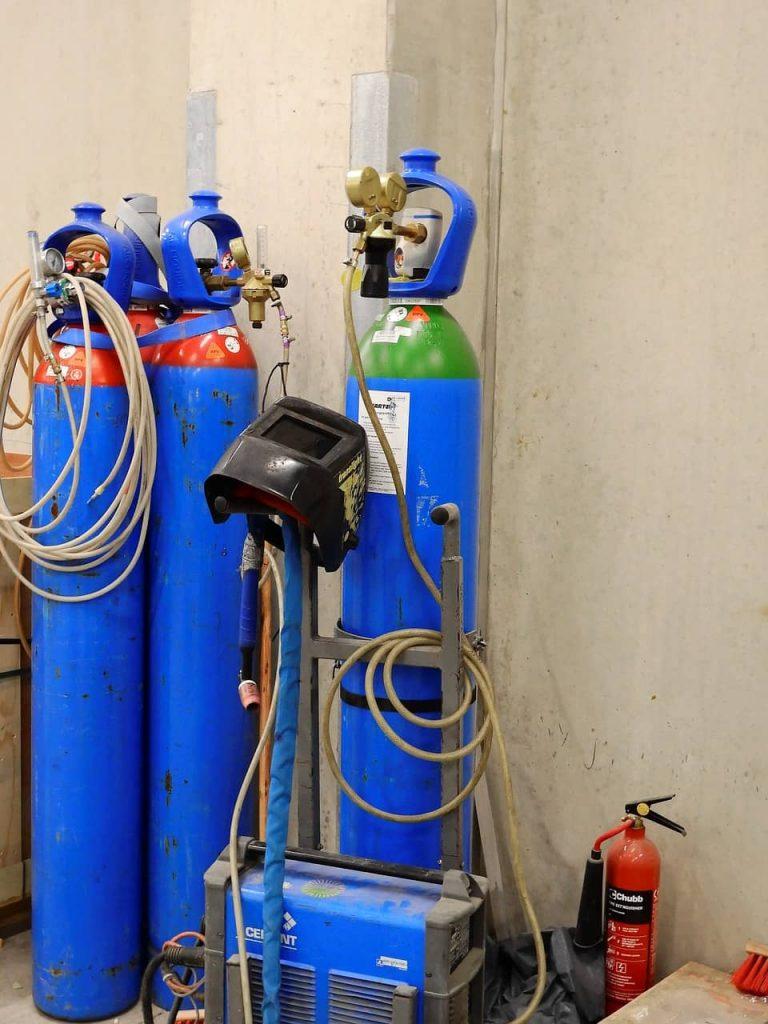 image of welding cylinders