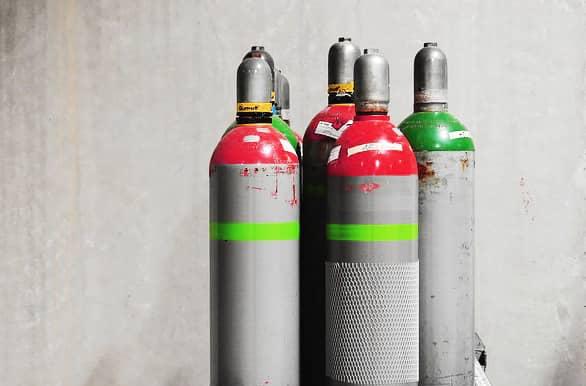 image of welding gas tanks